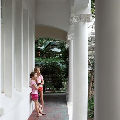 wraparound veranda