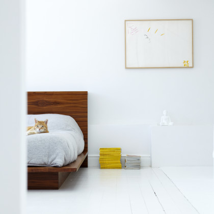 integrated wood headboard and bed base