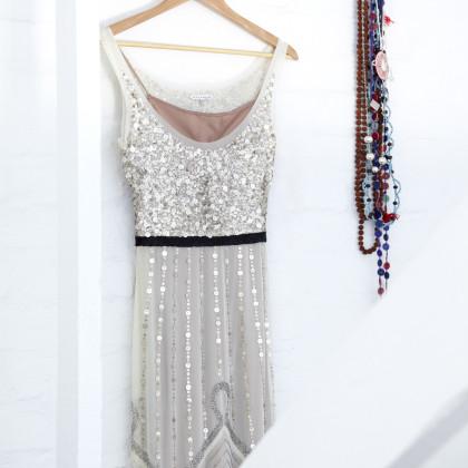 '40s-inspired dress
