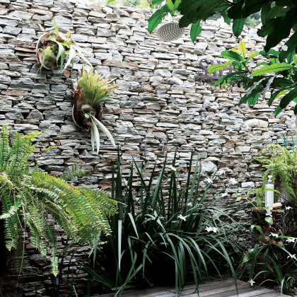 dry-packed stone wall